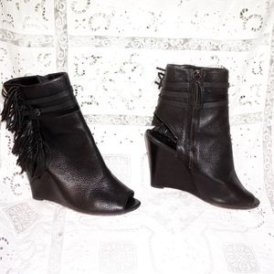 Rebecca Minkoff fringed peep toe black wedges 8.5